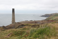Levant Mine: Levant Mine: Calciner chimney - Schornstein der Kalzinierung (Helgoland01) Tags: unesco weltkulturerbe england uk cornwall bergwerk mine mining tin atlantik atlantic coast küste