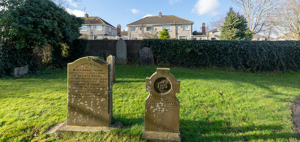 ST COLUMBA'S CHURCH AND GROUNDS IN SWORDS COUNTY DUBLIN [CHURCH ROAD]-148795