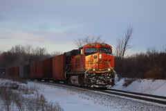 Glimpse of Light On The Nose (recekasten) Tags: cn railroad ns signals wisconsin neenah medina junction 446 zebra beast eje bnsf