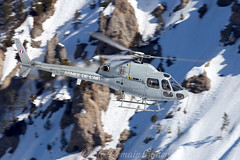 23.02.2019 (Romain BAHEU) Tags: courchevel savoie snow spotting altiportcourchevel alpes alps helicopter helicoptere helicopterlife montagne mountain montblanc rotor airbushelicopters aerospatiale eurocopter armeedelair armeedeterre alat fennec ecureuil squirel army military militaire frenchairforce frencharmy as355