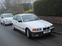 BMW 316 Compact (Andrew 2.8i) Tags: wales uk carspotting spotting street car cars streetspotting united kingdom road classic classics spot german hatch hatchback coupe subcompact executive 3series 316 e36 e365 316i bmw