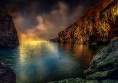 Jurassic World...l'inizio del viaggio (Gio_guarda_le_stelle) Tags: sunrise travel seascape 4 i seaside voyage quiet nature peaceful hdr ps alba mare mar sea clouds sun sky