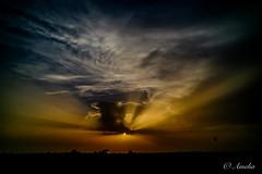 Otro atardecer (ameliapardo) Tags: atardecer crepúsculo puestasdesol cielo nubes sol naturaleza