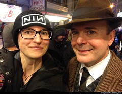 20170103_i07k Me & Jefferson Mays by the stagedoor of Broadhurst Theatre, where he starred in ''Front page'' | New York City (ratexla) Tags: ratexlasnewyorktrip2016 thefrontpage jeffersonmays 3jan2017 2017 iphone iphone5 newyorkcity nyc newyork usa theus unitedstates theunitedstates america northamerica nordamerika earth tellus photophotospicturepicturesimageimagesfotofotonbildbilder wanderlust winter travel travelling traveling journey vacation holiday semester resaresor urban city town storstad storstäder storstadssemester ontheroad manhattan actor actors star stars celeb celebs celebrity celebrities famous homosapiens people person human humans life organism man men woman women me leme ratexla selfie girl girls chick chicks guy guys dude dudes unlimitedphotos almostanything favorite 1000views