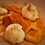 Crêpe, glace mangue & chantilly. thumbnail