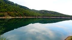 Λιμνη Πλαστηρα DSC06673 (omirou56) Tags: 169ratio sonydschx60v αντανακλαση λιμνηπλαστηρα δεντρα δασοσ νερο ουρανοσ συννεφα φυση ελλαδα θεσσαλία greece nature natur natura clouds reflection water plastiralake trees forest sky