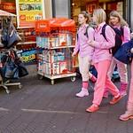 Girls in Pink thumbnail