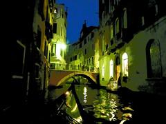 Romantic night in Venice / Nuit romantique à Venise (1) (GEMLAFOTO) Tags: gondola venice venise