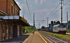 E652 037 (MattiaDeambrogio) Tags: e652 037 tigre trenitalia cargo pontecurone stazione ferroviaria