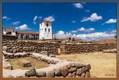 Chinchero - Perú (Fotocruzm) Tags: fotocruzm mcruzmatia perú cinchero ciudaddelarcoiris vallesagrado cusco cuzco conjuntoarqueológico textil artesania inca ollataytambo