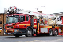 YJ13 GOA (Ben - NorthEast Photographer) Tags: humberside fire rescue service p280 alp ariel ladder platform height working wah 13plate yj13 goa yj13goa