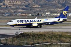 EI-FOV (Ian Macadam) Tags: 06012019 lemd madrid barajas adolfo suárez boeing 737 800 ryanair seaside story gdansk lech walesa airport eifov