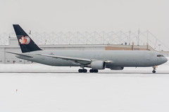 CargoJet Hybrid (Ychocky) Tags: 70300mmf4556 boeing767323er cgxaj cyow cargojet nikkor ottawamacdonaldcartier yow