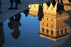 Piazza Venezia Upside-Down, Rome (Claudio_R_1973) Tags: pond rain reflections rome upsidedown architecture sunset goldenhour piazzavenezia centralitaly italy winter roma city urban street road people details colorful vivid italia