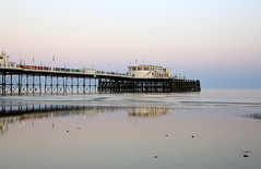 2018_05_06_0206 (EJ Bergin) Tags: sussex westsussex landscape worthing sunset beach sea seaside worthingpier seafront reflection
