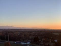 (Paolo Cozzarizza) Tags: italia friuliveneziagiulia pordenone spilimbergo panorama alba cielo alberi prato