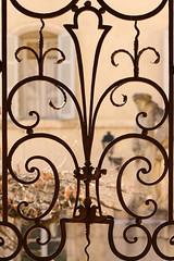 Iron Gate (gripspix) Tags: 20180927 beaune hôteldieu bourgogne burgundy burgund france frankreich vacances ferien hospital museum musée hospicesdebeaune garte gittertor iron wroughtiron schmiedeeisen decorated verziert