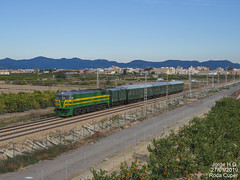 PTG Tours IIII (Jorge H.G. fotografía) Tags: sky flower nature blue white tree green art light sun clouds landscape street city yellow people bridge car old new sport second walking history lines door auto outside stone spain cars station modern train railway locomotive explore me