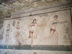 "Female athletes in ""bikinis"" (peter.a.klein (Boulanger-Croissant)) Tags: sicily italy roman ancient archaelogy 4thcentury mosaics art women female athlete discus weights runner bikini villacasale"
