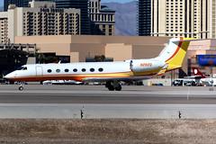 Private | Gulfstream G550 | N282Q | Las Vegas McCarran (Dennis HKG) Tags: aircraft airplane airport plane planespotting bizjet businessjet canon 7d 100400 lasvegas mccarran klas las gulfstream g550 glf5 n282q