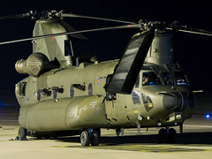 Royal Air Force | Boeing CH-47D Chinook HC.5 | ZH898 (Bradley's Aviation Photography) Tags: egsh nwi norwichairport norwich canon70d nightphotography royalairforce boeingchinookhc5 zh898 raf mil military chinook helicopters helicopter heli nightphotos night ch47