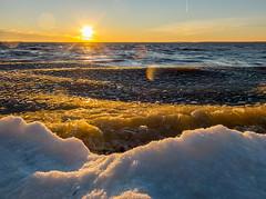 Joensuu - Finland (Sami Niemeläinen (instagram: santtujns)) Tags: joensuu suomi finland pohjoiskarjala north carelia karelia lake järvi pyhäselkä frozen jää ice syksy autumm sunset auringonlasku kuhasalo kalmonniemi luonto nature