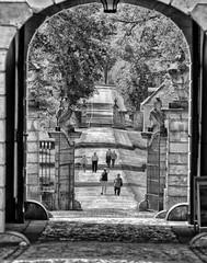 Schloss Eichenzell Portal (wernerfunk) Tags: tor tür portal gate schwarzweiss hessen castle blackwhite