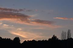 Atardecer (esta_ahi) Tags: penedès olèrdola barcelona spain españa испания atardecer cel cielo sky núvols nubes clouds