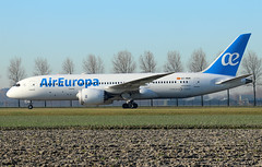 Air Europa Boeing 787-8 Dreamliner EC-MOM / AMS (RuWe71) Tags: aireuropalíneasaéreas aireuropa uxaea europa spain españa boeing boeing787 boeing7878 b787 b788 b7878 boeing7878dreamliner dreamliner ecmom cn36419557 amsterdamschiphol amsterdamschipholairport schiphol schipholairport schipholamsterdam ams eham widebody beacon twinjet taxiing