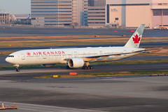Air Canada Boeing 777-333(ER) C-FIVQ (Mark Harris photography) Tags: spotting hnd haneda tokyo jpn canon 5d
