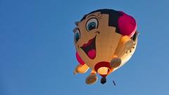 Montgolfiade 2018 Babette (Henry's nature photography) Tags: montgolfiade ballon heisluftballon wettbewerb warsteiner germany european hotair balloon brewery