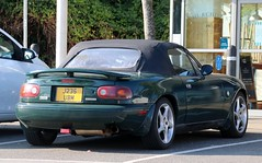 J235 UBM (Nivek.Old.Gold) Tags: 1992 eunos roadster 1590cc mazda mx5