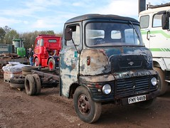 FMY 946B (Nivek.Old.Gold) Tags: 1964 leyland 90 chassis cab cheffins