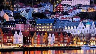 Norway - BERGEN - Panorama bei Nacht