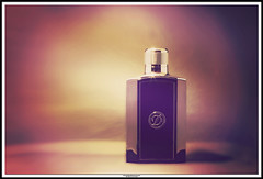 D  •  perfume (NadzNidzPhotography) Tags: nadznidzphotography smileonsaturday perfume productphotography product depthoffield dof canoneos6d canonphotography ef70200mmf28lisiiusm
