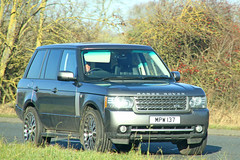 Range Rover MPW 137 (SR Photos Torksey) Tags: land rover range 4x4 road transport traffic car vehicle