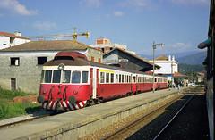 CP 0300, Miranda do Corvo, March 1998 (filhodaCP) Tags: allan coimbra ramaldalousã cp cp0300 automotora diesel comboiosdeportugal caminhosdeferro museuferroviário railcar portugalrailways trainsinportugal dmu