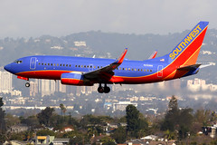 Southwest Airlines   Boeing 737-700   N219WN   Los Angeles International (Dennis HKG) Tags: aircraft airplane airport plane planespotting canon 7d 100400 losangeles klax lax southwest southwestairlines swa wn boeing 737 737700 boeing737 boeing737700 n219wn