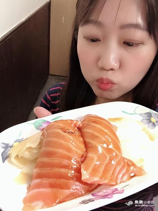 【台北萬華】三味食堂|巨無霸鮭魚握壽司|西門町平價日本料理|人氣排隊名店 @魚樂分享誌