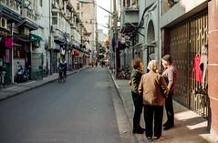(Rob-Shanghai) Tags: coolscan film c200 fuji nikonf3 street shanghai