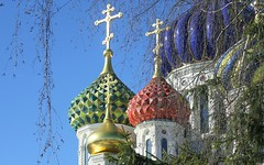 Moscow, the Cathedral Church of Saint Igor of Chernigov in Peredelkino (Соборный храм Святого Игоря Черниговского и Киевского), Russia, New Moscow, Novo-Peredelkino district. (sacalevic) Tags: рпц святаярусь holyrussia russianchurch русскаяцерковь khram church iglesia chiesa церковь храм eglise kerk kirche москва россия モスクワ архитектура arquitectura architettura architektur architecture arquitetura moskwa rosja moszkva oroszország moskou rusland μόσχα ρωσία moskva 俄罗斯 莫斯科 모스크바 moscova русија rusko rusija rusya venäjä मास्को ryssland rusio venemaa русь христианство othodoxy православие moscow russia rus cupolas moscowpatriarchate московскийпатриархат игорьчерниговский saintigor купола переделкино peredelkino newmoscow novoperedelkino новопеределкино соборныйхрам cathedralchurch святойкнязьигорь holyknyazigor holyprinceigor chernigovigor saintigorofchernigov князьигорь благоверныйкнязьигорь михайловскоеблагочиние russiandomes newperedelkino
