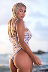 Juliet @ Dead Man's Curve Beach 03 (JUNEAU BISCUITS) Tags: portrait portraiture nikon hawaii hawaiiphotographer model femalemodel beauty glamour bikini fitness swimwear swimsuit