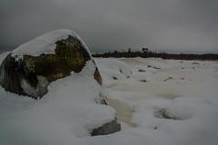 IMG_9068_edit (SPihtelev) Tags: ладога ленинградская область озеро зима лед льды вода маяк