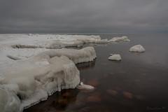 IMG_9087_edit (SPihtelev) Tags: ладога ленинградская область озеро зима лед льды вода маяк