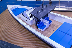 IMG_3903.jpg (verchmarco) Tags: sailing ships messe boat düsseldorf 2019 boot yacht noperson keineperson business geschäft modern travel reise luxury luxus watercraft wasserfahrzeug water wasser hotel transportationsystem transportsystem indoors drinnen contemporary zeitgenössisch vehicle fahrzeug industry industrie technology technologie sea meer leisure freizeit recreation erholung reflection reflexion shipdeck schiffsdeck office büro vowel españa santa owl shop coth5 outside fence cielo day
