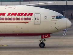 """Air India Boeing B777-200(LR) VT-ALF """"Jharkhand"""" New Delhi (DEL/VIDP) (Aiel) Tags: airindia boeing b777 b777200lr vtalf jharkhand newdelhi delhi canon60d tamron 70300 vc"""