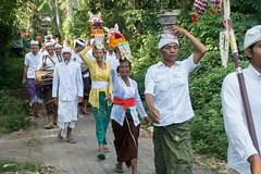 (kuuan) Tags: bali village path odalan festival priest pemangku sonyrx100iii