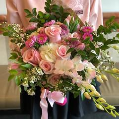 Bold Blossoms Custom Galentine's Bouquet (BoldBlossoms) Tags: getbold custombouquet womenowned flowers floral flowersubscription boldblossoms weddingflorist eventflorist bouquet