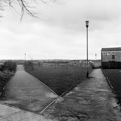 Junction on Castle Field Path Basingstoke, 1981 (2) (Cross Duck) Tags: ilfordfp4 basingstoke oldbasingstoke oldphotograph blackandwhite monochrome mediumformat ilfordfilm yashicamat wellabasingstoke