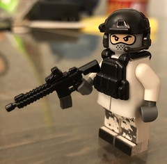 tfw the sun is down and it's freezing cold (WiΙl) Tags: toyalliance customlegominifigure m27 custom toy brickarms mod mobambatypeshit citizenbrick mmcb lego figure military modcom